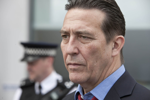 uktv_above_suspicion_ciaran_hinds_2