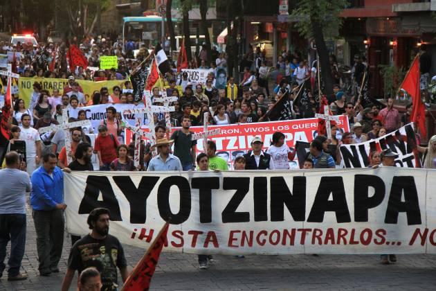 6_meses_ayotzinapa2_h