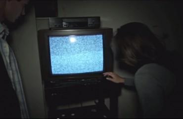 Es más, yo creo que están utilizando el mismísimo televisor de las otras 20 películas iguales