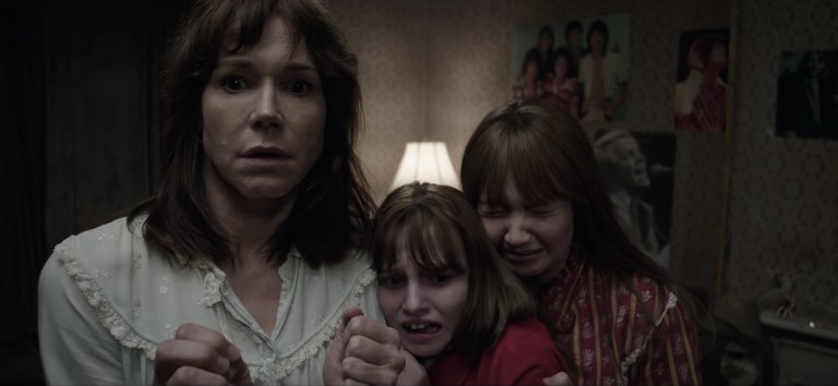 conjuring2-family-scared