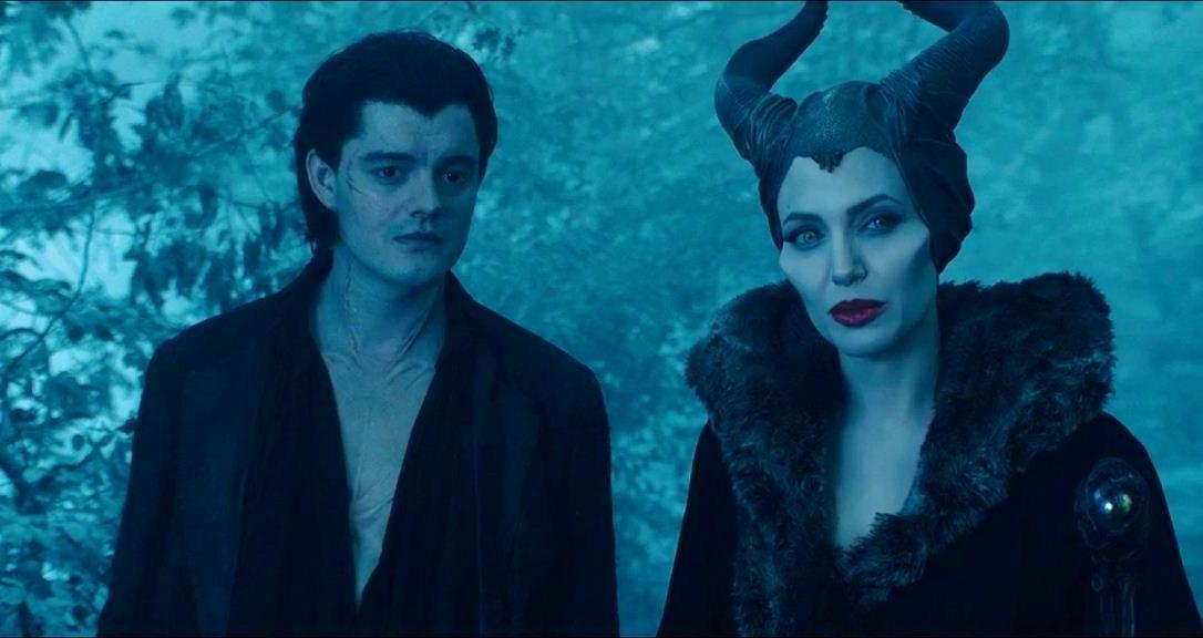 angelina-jolie-in-maleficent-movie-14
