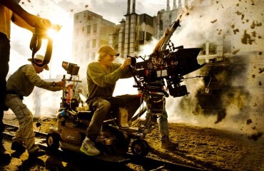 Transformers-Age-of-Extinction-set-pic-1024x689