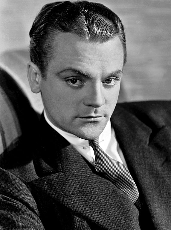 572px-James_cagney_promo_photo