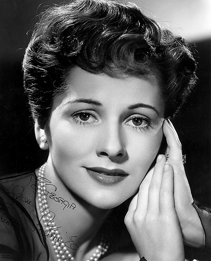 Joan_Fontaine-still