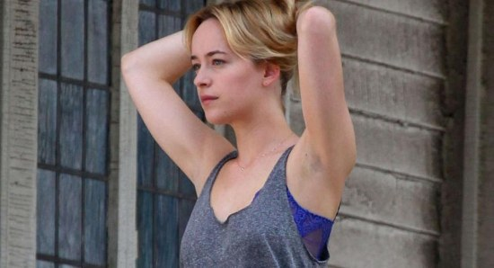 550x298_dakota-johnson-moves-from-fifty-shades-of-grey-to-a-bigger-splash--6455
