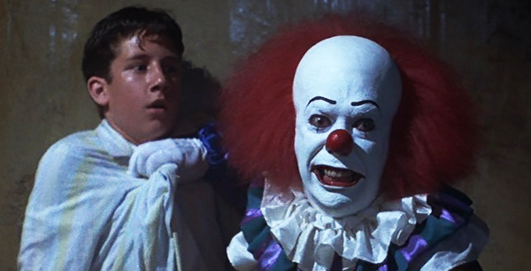 it-1990-movie-review-stephen-king-pennywise-the-clown-catches-stan