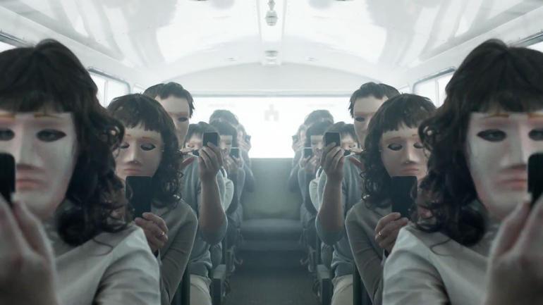 black-mirror-masks