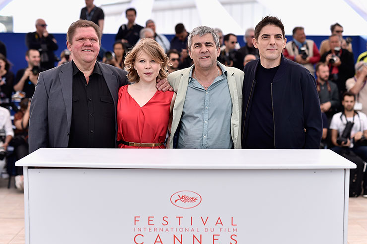 Rester-Vertical-photocall-Cannes