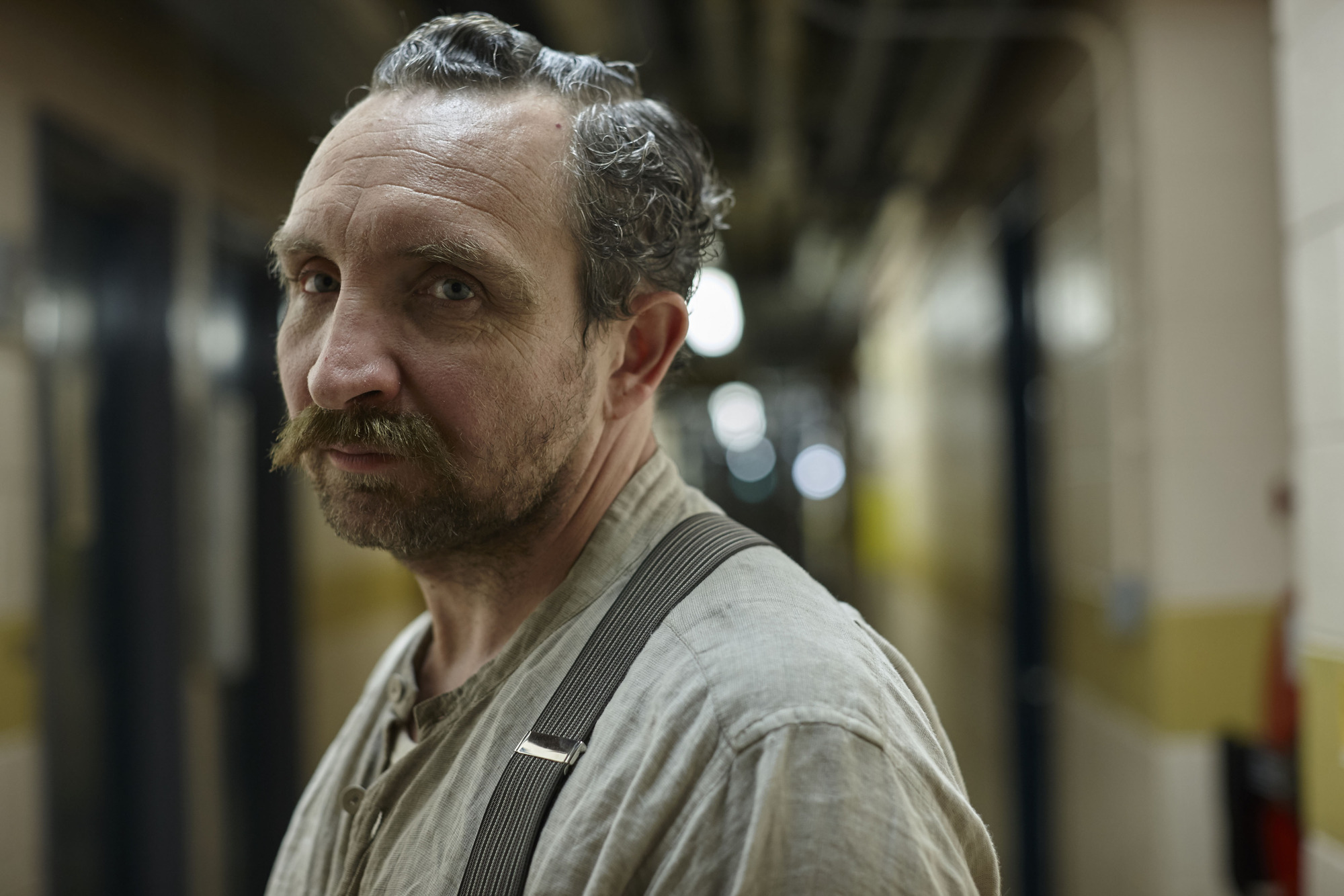 WARNING: Embargoed for publication until 00:00:01 on 18/08/2015 - Programme Name: River - TX: n/a - Episode: River (No. Ep 1) - Picture Shows: Cream (EDDIE MARSAN) - (C) Kudos - Photographer: Nick Briggs