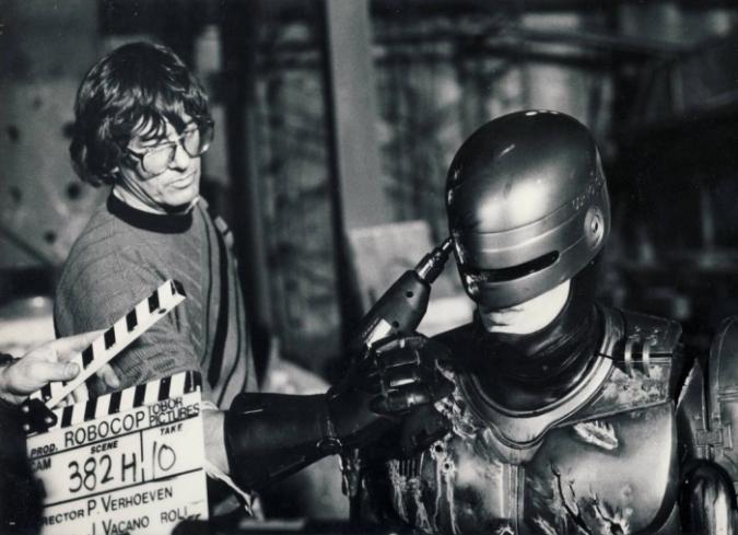 Paul Verhoeven en el set de Robocop